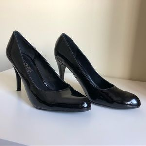 Aldo patent leather heels